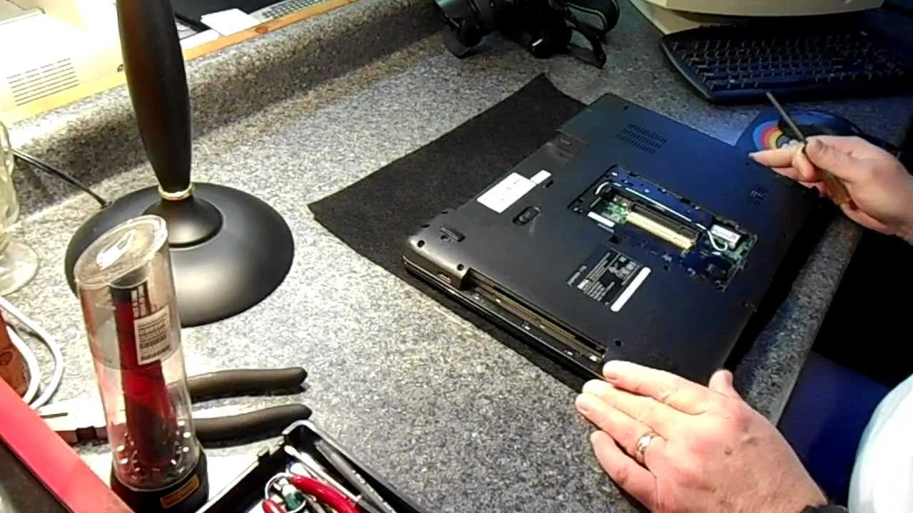 Sửa laptop Quận 9 1